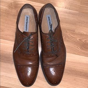 Johnston & Murphy brown leather  shoes size 11 EUC